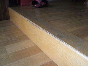 玄関框の白蟻被害