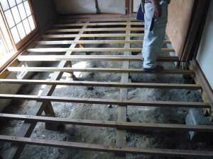 床合板を解体